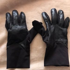Thinsulate UR Black Leather Tech Gloves S/M